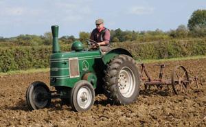 dentill-tractor-560x345