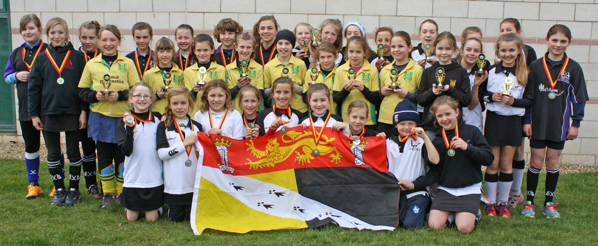 Magpies youth girls