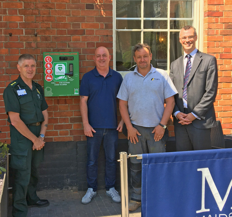 Maids Head Defibrillator