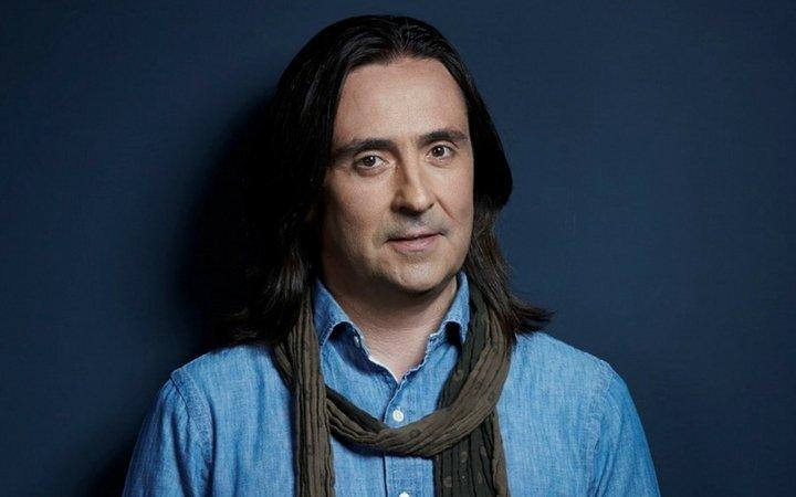 Neil Oliver